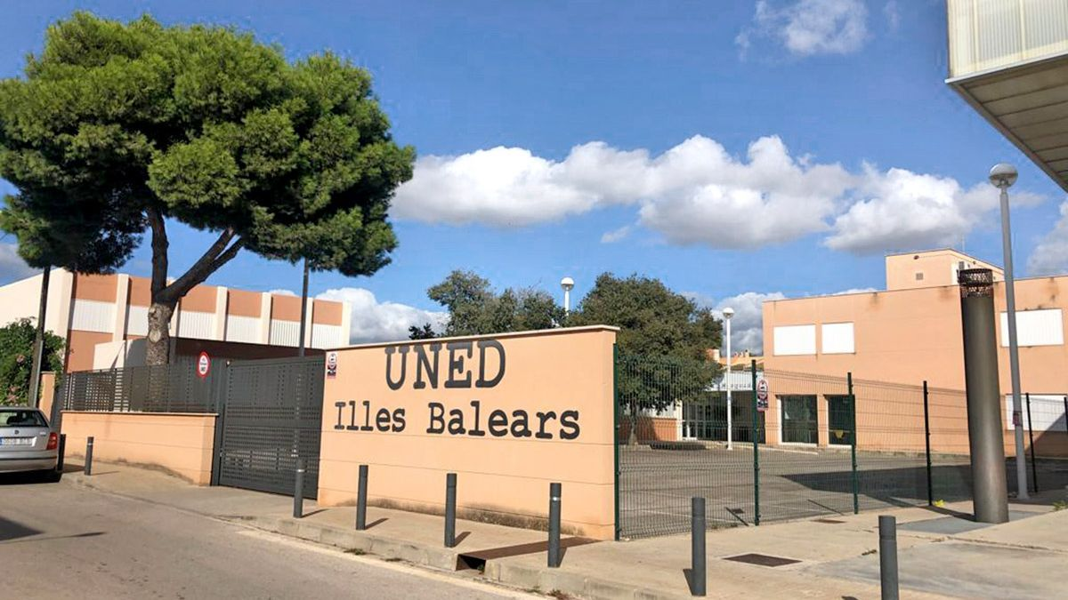 El centro universitario UNED Baleares es pionero en formación semipresencial