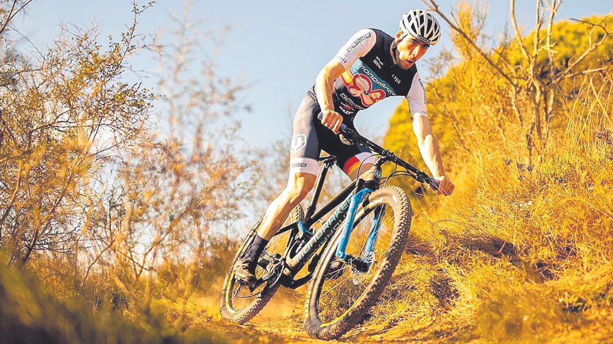 Jofre Cullell durant una prova ciclista