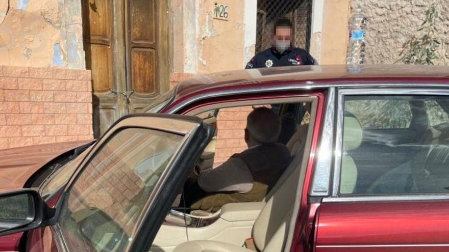 Rescatan a un inglés de 75 años que se perdió con su coche por Molina