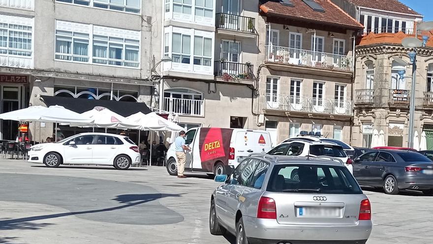 La Praza Maior de Ponteareas, 24 horas libre de tráfico desde hoy
