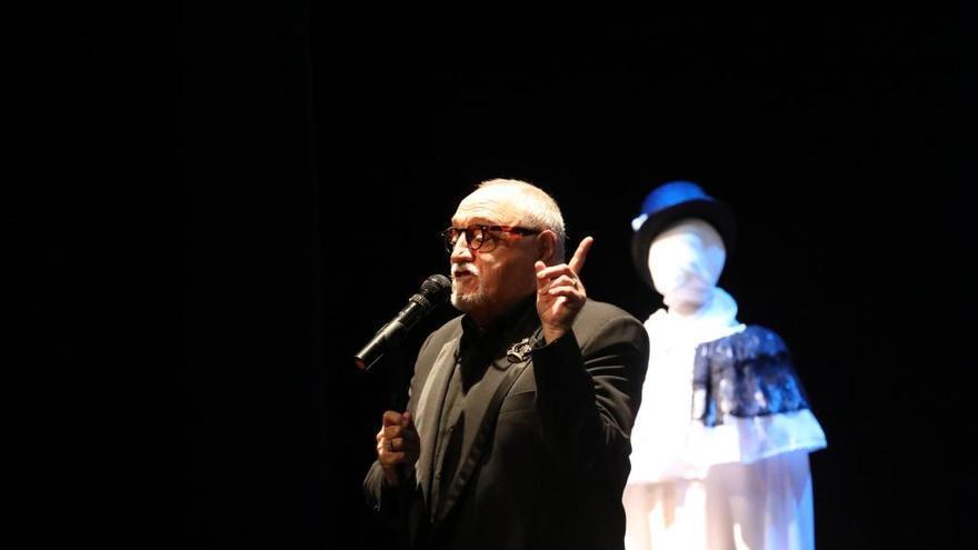 Moncho Borrajo publica su propia versión del himno de España