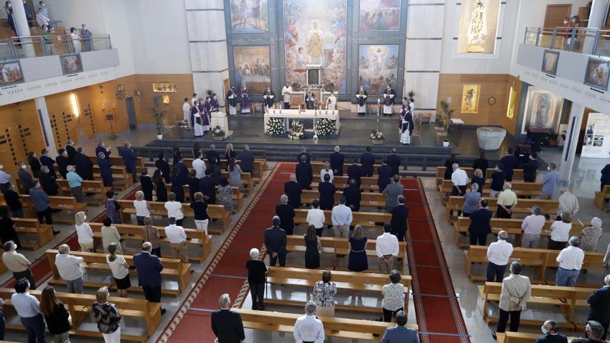 El funeral de Cotino une a la actual dirección del PP valenciano con su pasado