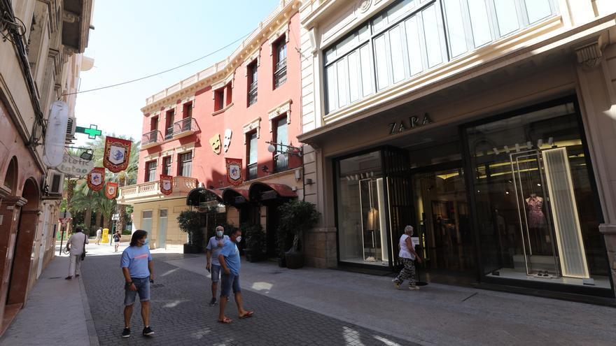 Zara sigue negociando dónde recolocar a los 30 empleados de la tienda del centro