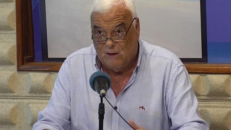 Miguel Ángel Graffigna deja sus cargos por discrepancias con Armas, alcalde de Pájara