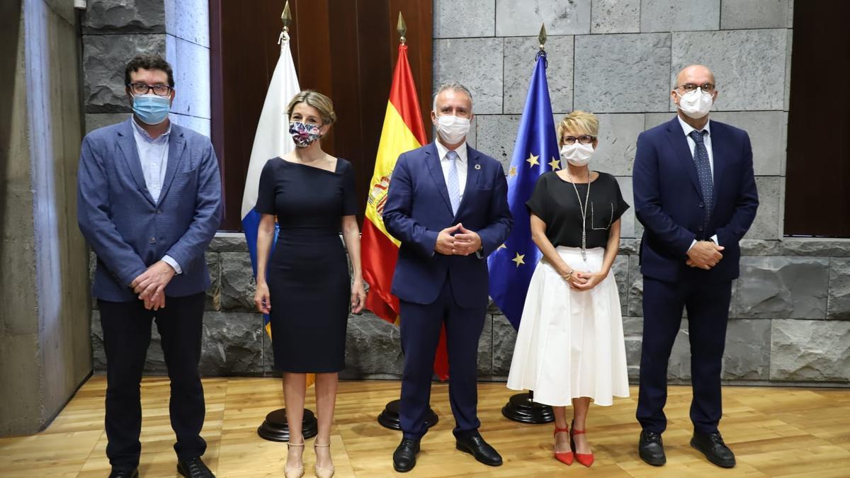 Gobierno canario y Estado firman la transferencia de los 42 millones de euros del PIEC.