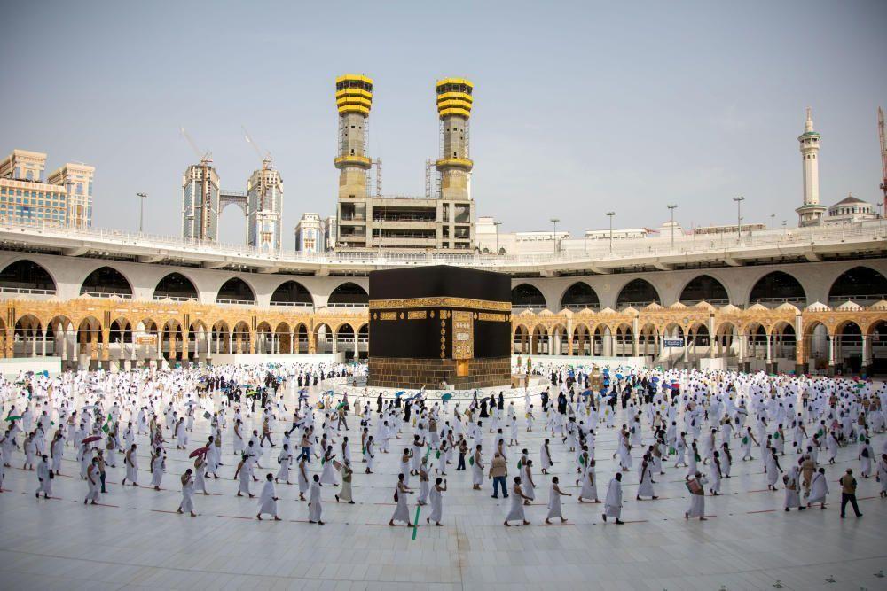 Aquesta setmana ha començat el pelegrinatge a la Meca menys concorregut per límits de COVID-19