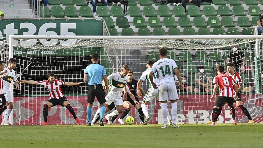 El Elche tendrá un arranque exigente contra Athletic, Atlético y Sevilla