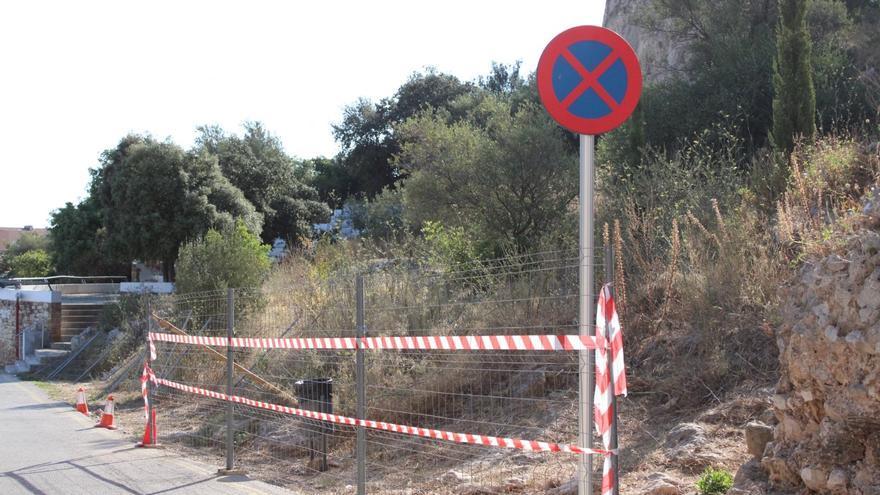 Dénia tanca el vessant nord del castell per a evitar botellots i actes vandàlics