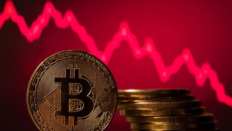 China prohíbe formar parte del negocio de las criptomonedas a las entidades financieras y de pagos