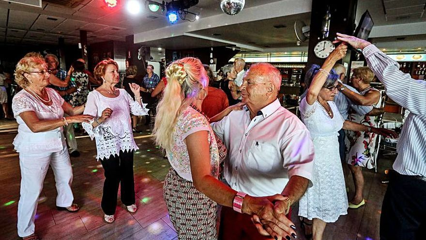 El Imserso vuelve en octubre para más de 800.000 mayores
