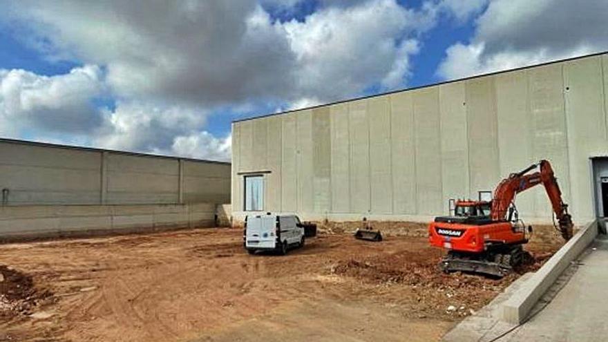 La textil gallega RCfil invierte 9 millones en su planta de Náquera