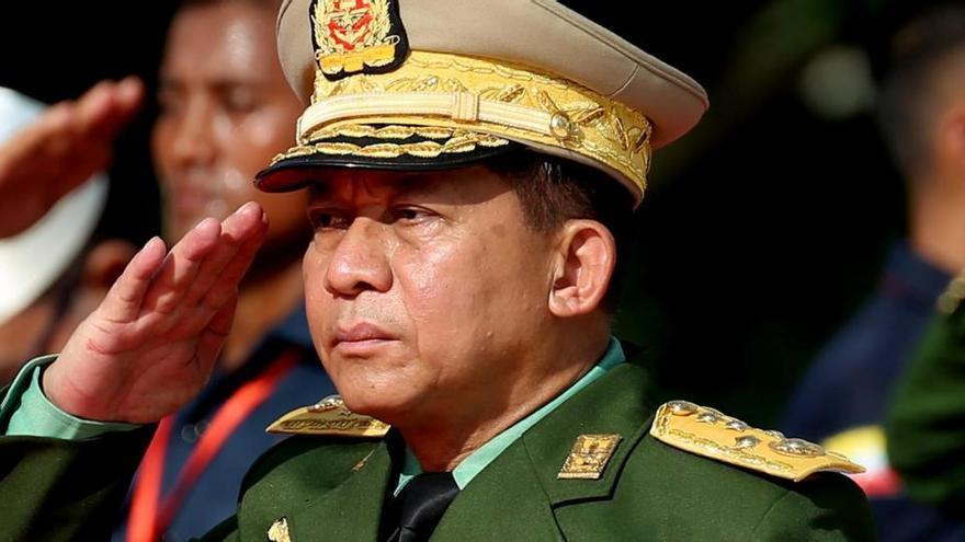 Los militares birmanos amnistían a más de 23.000 presos