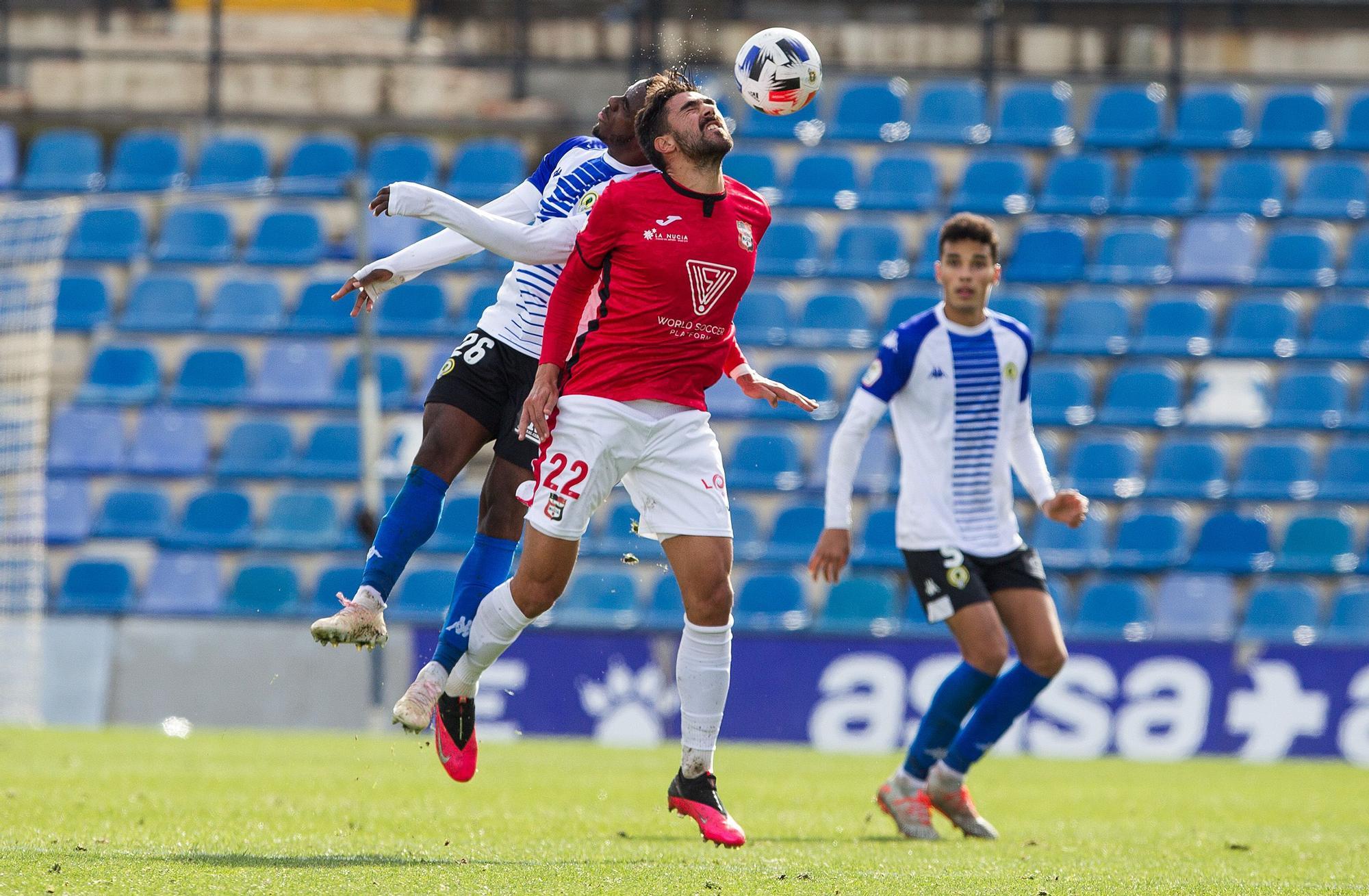 El Hércules vence a La Nucía por 3-1