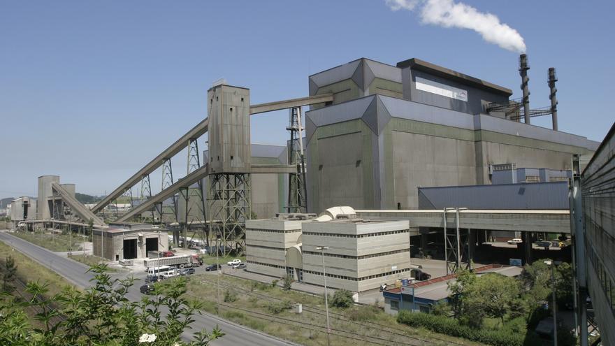 ArcelorMittal amortizó otros 300 empleos en sus talleres de Asturias durante 2020