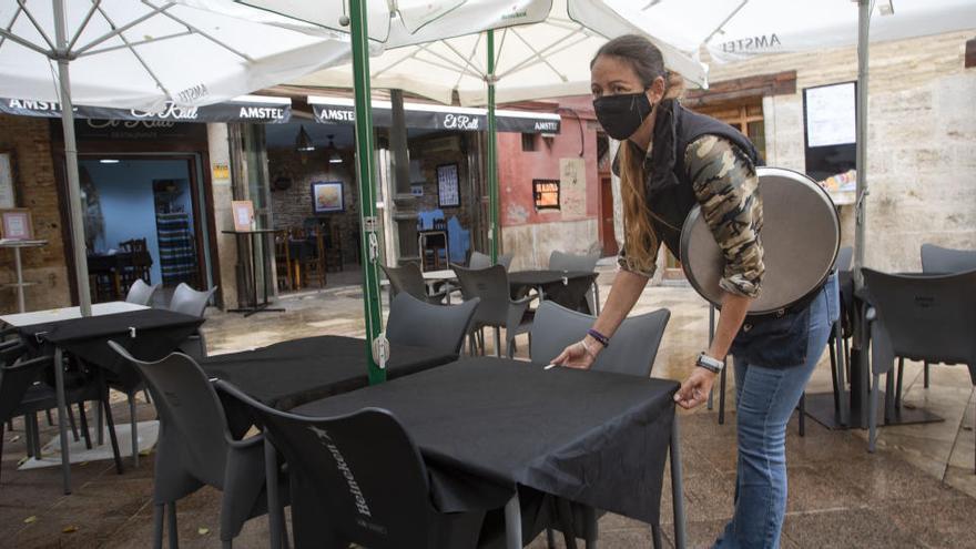 Cataluña propone abrir al 30% bares y restaurantes