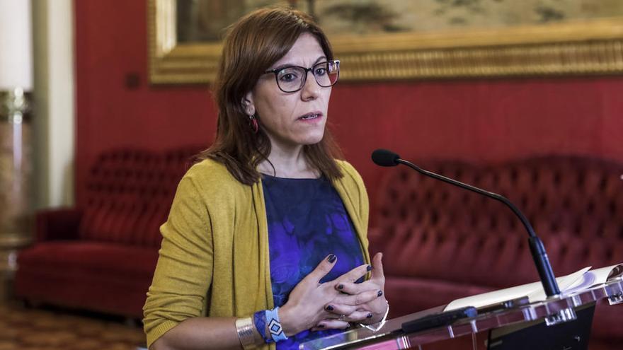 Diputados y cargos de Podemos firman contra la autopista que su partido aprobó