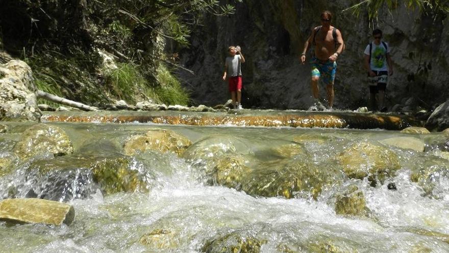Reabren el río Chíllar y otra rutas naturales