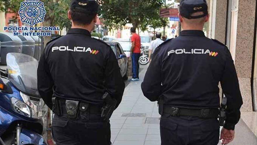 Más de 150 policías nacionales velan por la seguridad de los aficionados en el derbi canario