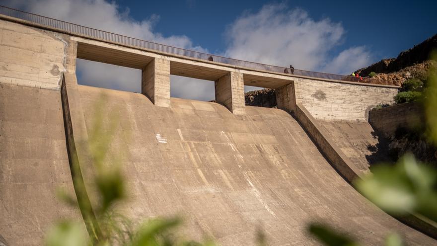Arico comienza el proceso para rehabilitar y poner en uso la presa de El Río