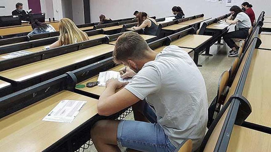La UIB ofrecerá alternativas 'online'  al alumnado con perfil de riesgo