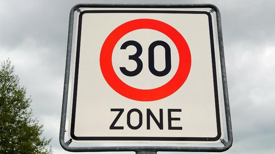 La DGT inicia una campaña de control para vigilar los nuevos límites de velocidad en ciudad