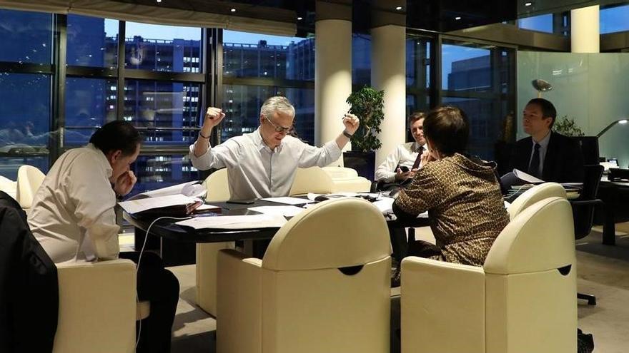El minsitro francés de Economia, Bruno Le Marie, durante un momento de la negociación del Eurogrupo.