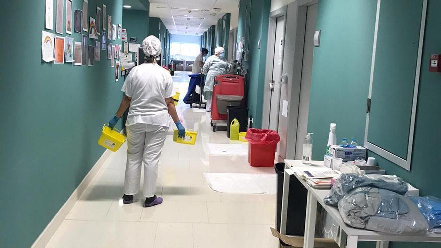 """El director de enfermería de Gandia: """"El hospital está colapsado"""""""