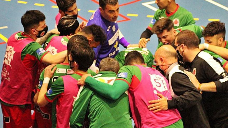 El InterSala Zamora retiene el liderato con sufrimiento en Guijuelo