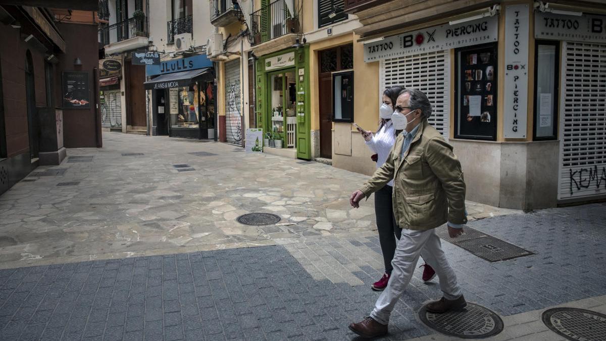 Salud baraja la posibilidad de que Ibiza y Menorca pasen a fase 3 y Mallorca no