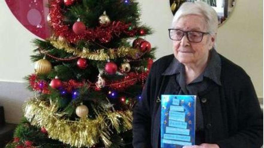 La zamorana Socorro Vicente, de 100 años, ganadora de un concurso de postales