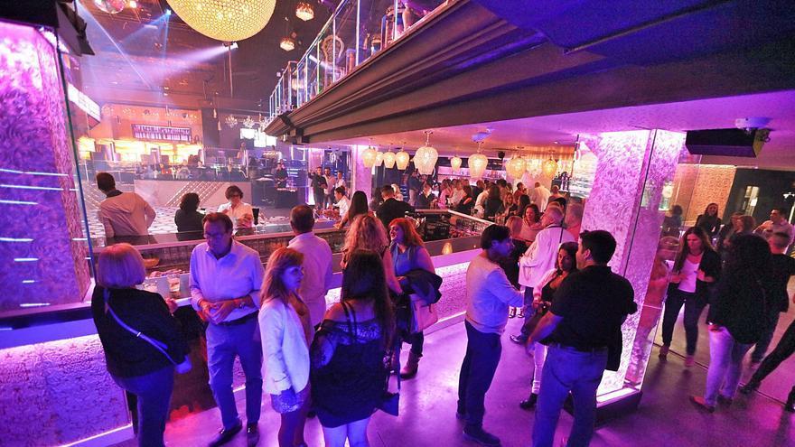 El Govern planea reabrir las discotecas en torno al 17 de julio