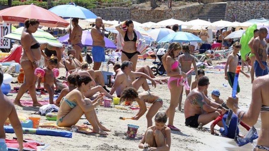 Piden zonas de baño en Sant Joan para gente con movilidad reducida