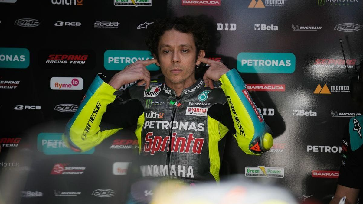 Rossi quiere ser padre antes de ganar el 10 título