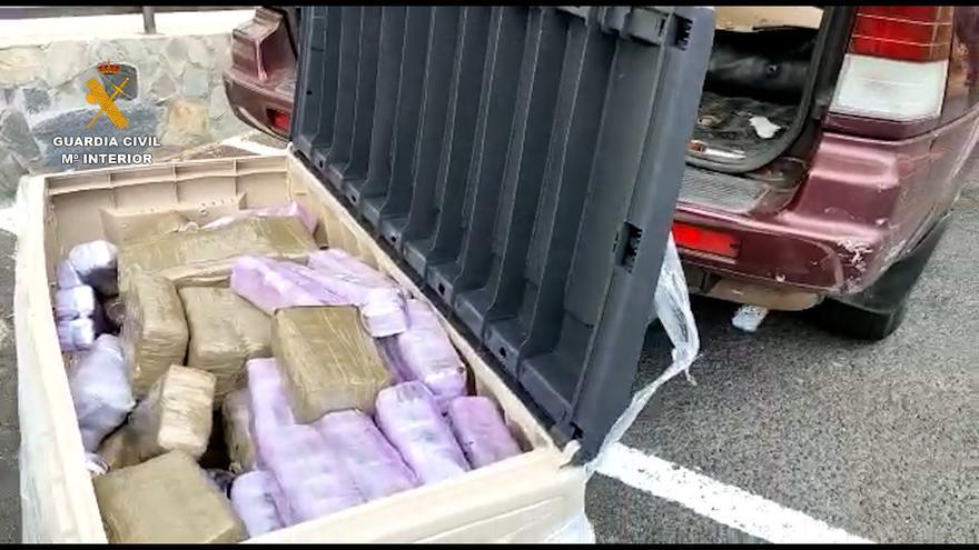 Detenido un hombre en La Palma con 206 kilogramos de hachís y cuatro de heroína en su vehículo