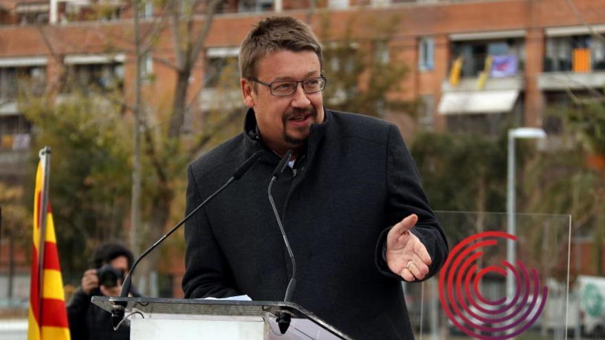 Domènech deixa tots els seus càrrecs al Parlament i al partit