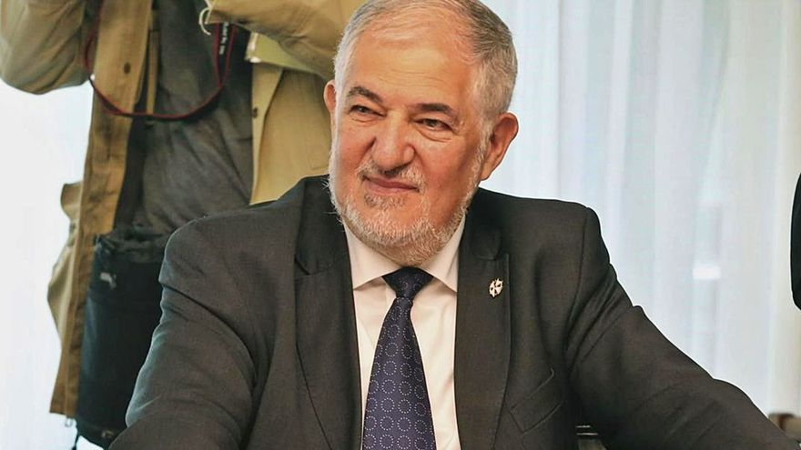 Conde-Pumpido retreu al TC «no entendre els drets fonamentals»