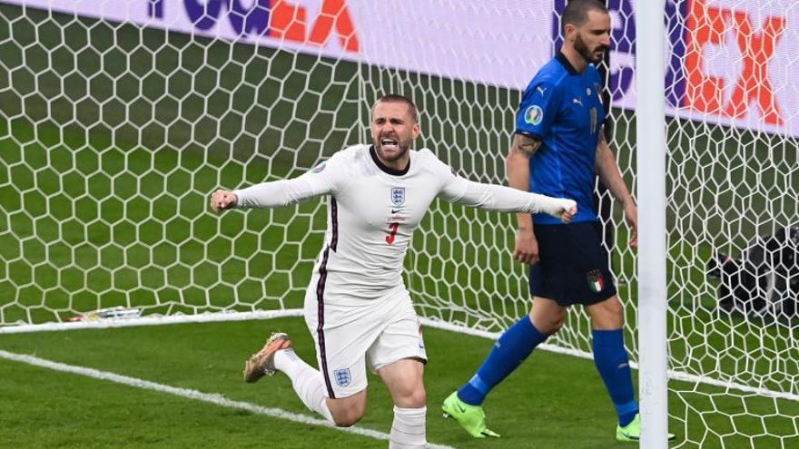Luke Shaw jugó la final de la Eurocopa con varias costillas rotas