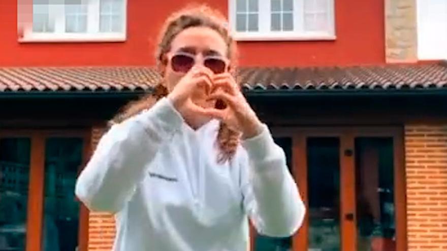 """Teresa Mallada baila al ritmo de la canción """"Banana"""" en Tik Tok"""