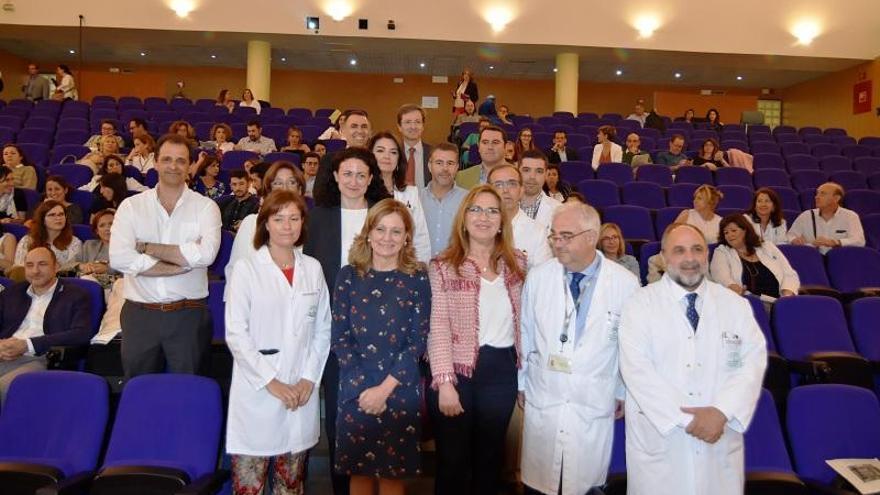 50 pacientes del Reina Sofía se benefician de tratamiento a domicilio