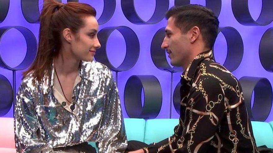 Adara abandona 'El tiempo del descuento' enamorada de Gianmarco