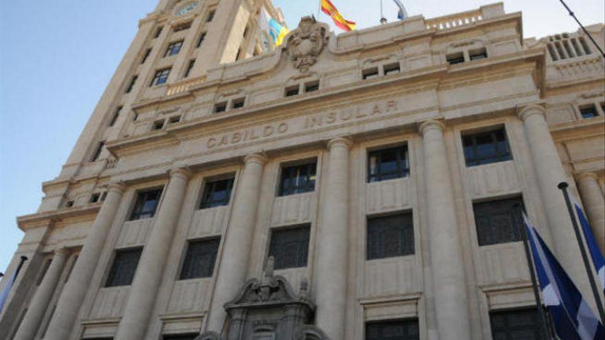 Cabildo y Ayuntamiento de Icod ultiman los detalles para construir la Casa de la Juventud
