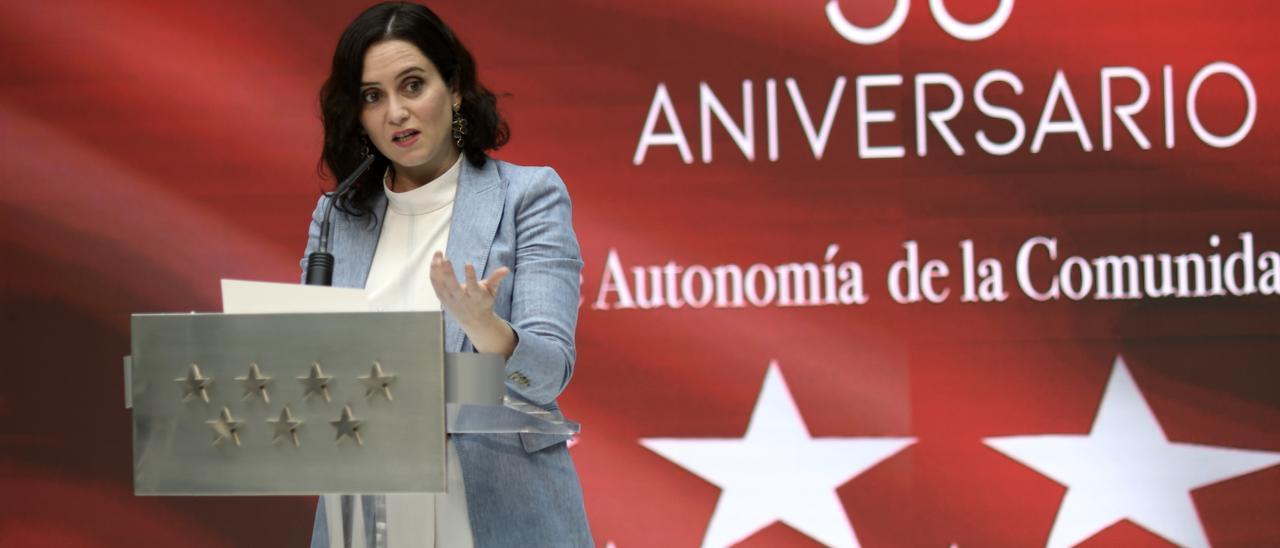 AM.-Ayuso defiende modelo autonómico y critica a los que aprovechan descentralización para romper con el proyecto común