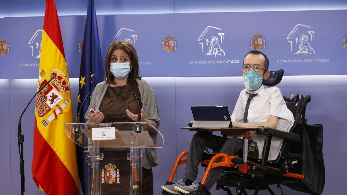 PSOE y Podemos echan el freno a la 'comisión Kitchen' y no piden aún comparecencias