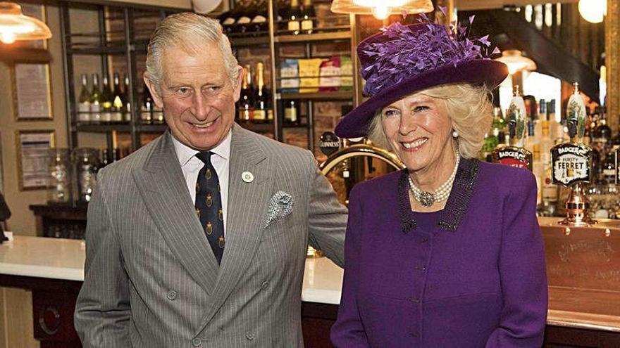 El príncipe de Gales cumple 70 años con más apoyo de la ciudadanía británica