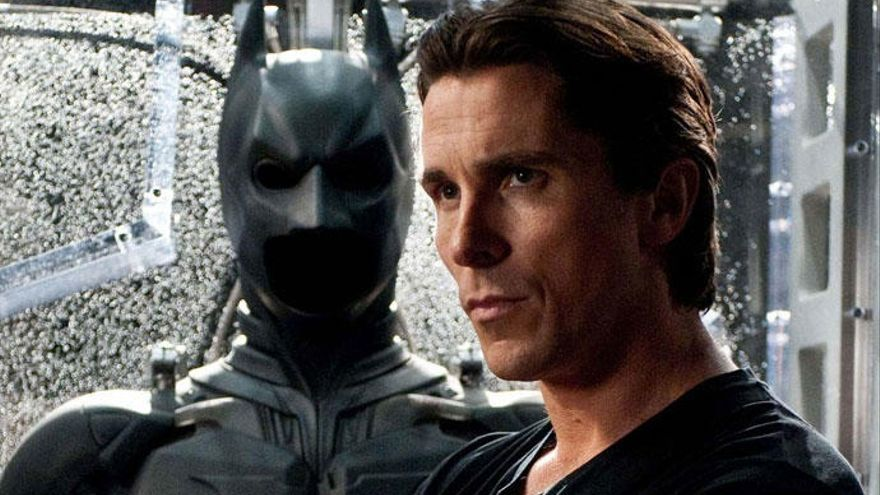El escatológico consejo de Christian Bale al nuevo 'Batman' Robert Pattinson