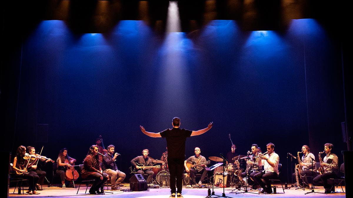 O disco recolle a totalidade do concerto da Orquestra Galega de Liberación do pasado setembro en Compostela. // IVÁN BARREIRO