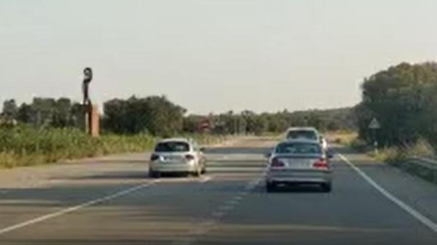 Una conducció temerària posa en perill altres vehicles a l'N-II a Pont de Molins