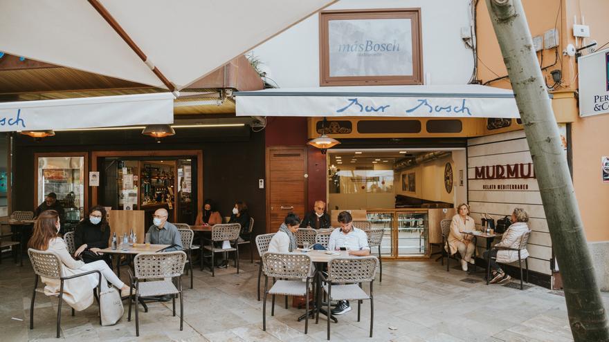 Estas son las nuevas medidas de la desescalada en Mallorca: apertura de terrazas y reuniones familiares de seis personas