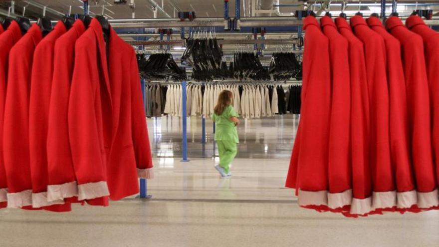 El megaplan del textil gallego y Moda España para vestirnos: ropa duradera, reciclable y con pasaporte