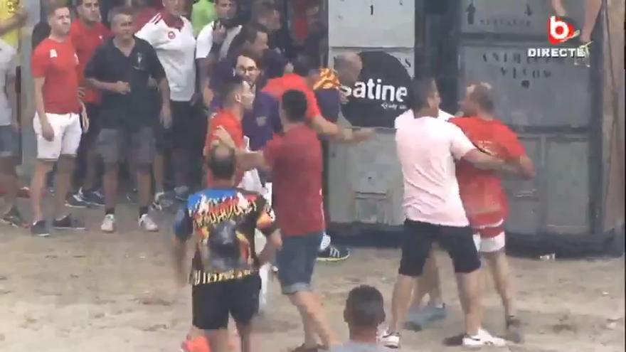 Incidente entre dos aficionados taurinos en Burriana